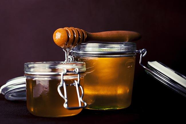 Il miele: come scegliere? E' davvero un valido sostituto dello zucchero?